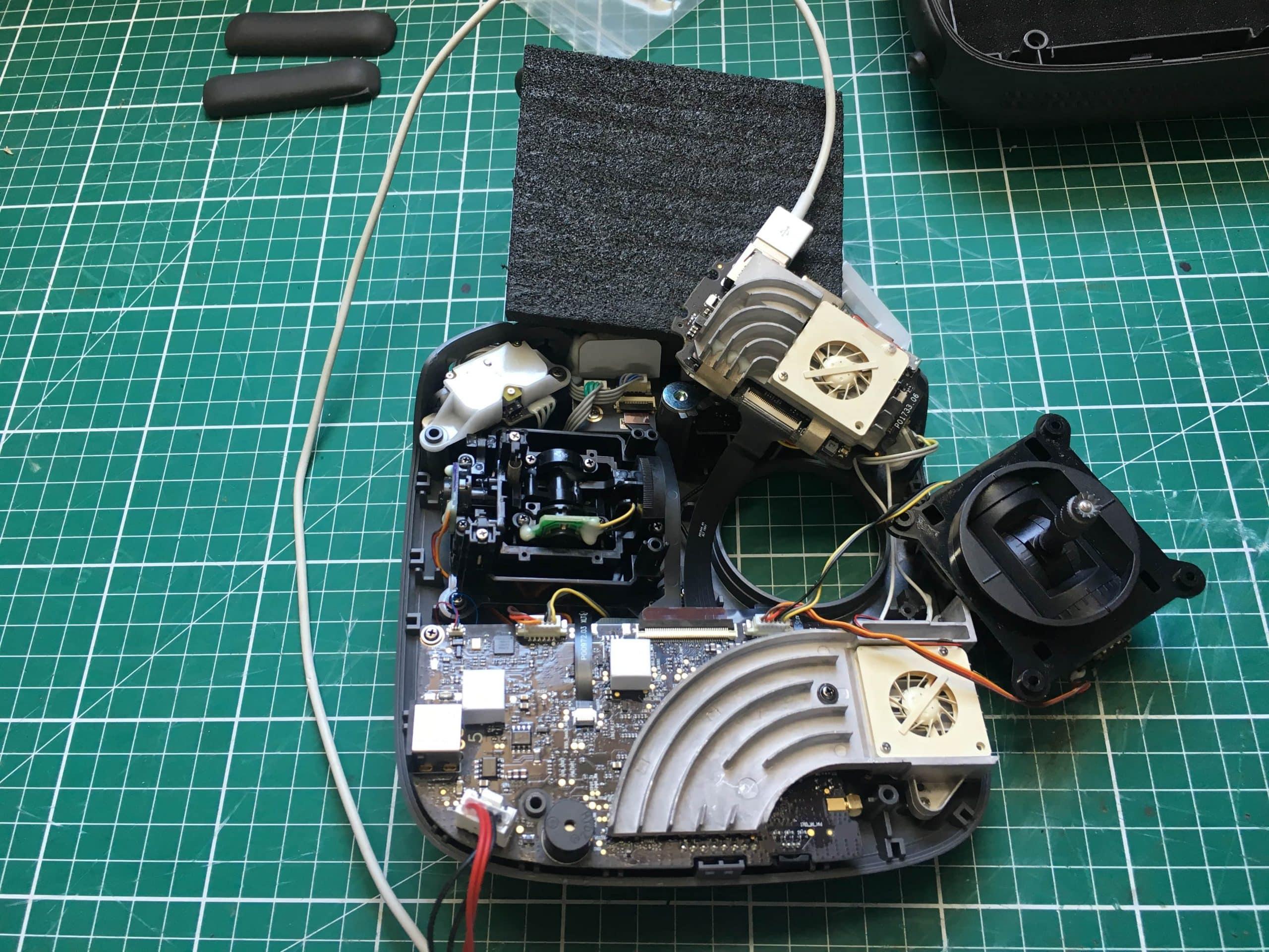 radiocommande-inspire-2-demontée-min