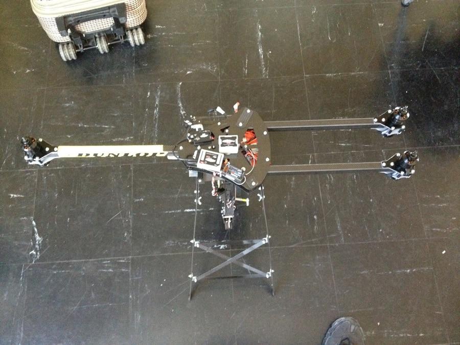 du 26 au 30 mars 2012 retrouvez l 39 quipe frenchidrone montpellier au circuit d 39 essais priv. Black Bedroom Furniture Sets. Home Design Ideas